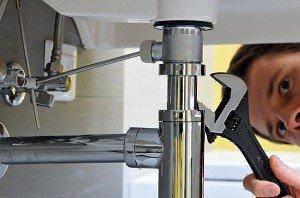 Mesa Handyman Fixing Plumbing